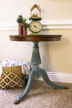 Create This Project With Vintage Effect Wash™ U2014 Bring An Old Piece Back To  Life