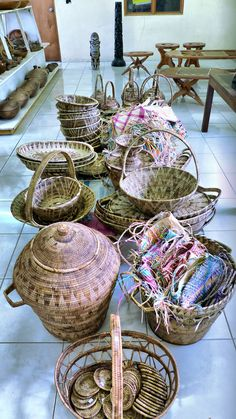 Baskets from the Solomon Islands Marshall Islands, Solomon Islands, Tonga, Vanuatu, Small Island, Cook Islands, South Pacific, Papua New Guinea, Dream Homes