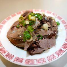 欣賞南川麵館的涼拌粉肝。Pork liver mixed with Soy sauce & green onions is a cool dish #Taiwan #food #instagood