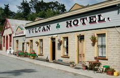 St.Bathans: Vulcan Hotel (c.1882)