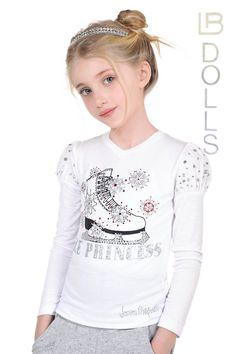 ALALOSHA is your guide to developing your kid unique personal style. Little Girl Models, Little Girl Outfits, Girly Outfits, Cute Outfits, Girls Dresses Tween, Baby Boutique Clothing, Girl Trends, Beautiful Little Girls, Shirts For Girls