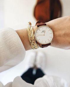 """492 mentions J'aime, 11 commentaires - Solène (@instahenriette) sur Instagram: """"Le bracelet trop canon de la box @emmaetchloe de ce mois ! Toujours autant ravie de leur sélection…"""""""