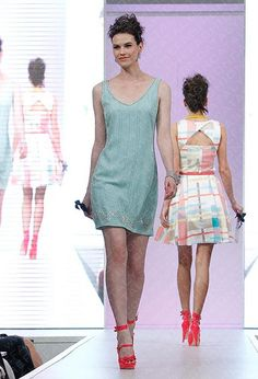 Review At Melbourne Spring Fashion Week 2012
