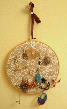 Lace and burlap embroidery hoop earring holder