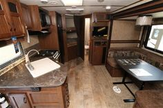 2016 New Jayco WHITE HAWK 24MBH Travel Trailer in Oklahoma OK.Recreational Vehicle, rv, 2016 Jayco WHITE HAWK24MBH, Bumper Mount Grill, Customer Value, Elec Stabilizer Jacks, Glacier Package, Roof Ladder, Skylight Kitchen,