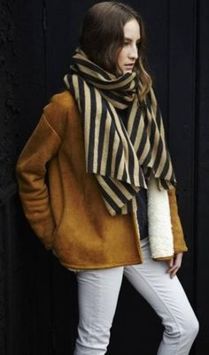 Love the scarf in combination with the Camel coat!