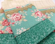 Bathroom Towels, Kitchen Towels, New Job, E Design, Pin Cushions, Sewing Projects, Patches, Scrap, Shabby