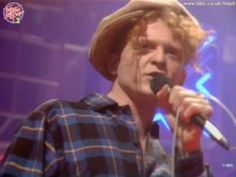 20 Fun Facts About Simply Red And Mick Hucknall Mick Hucknall, Perfect Love, Big Love, Red Pictures, Pretty Pictures, Greatest Songs, Greatest Hits, Play That Funky Music, Night Nurse