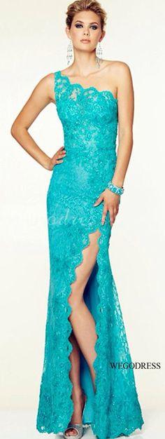 Vestido de encaje elegante.        Azul