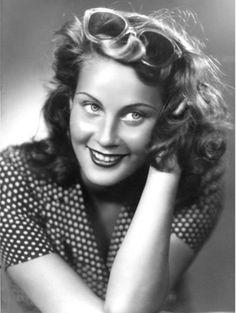 Amazing italian actress Alida Valli photographed by Arturo Ghergo