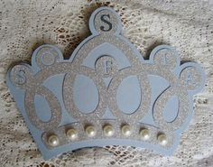 DIY tiara invitation and/or party decor - PINK. This is the Silhouette cut file I can download