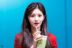 Ulzzang Korean Girl, Yuehua Entertainment, New Girl, Kpop Girls, Girl Crushes, Girl Group, Cool Girl, Girlfriends, Idol