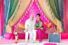 Tips For Putting Together A Successful Wedding Day. Wedding planning can be as difficult as it is stressful. You might not know how to handle things properly, but using these tips can help. Punjabi Wedding Decor, Indian Wedding Theme, Indian Wedding Decorations, Wedding Stage, Wedding Themes, Dream Wedding, Wedding Pics, Wedding Ceremony, Indian Reception