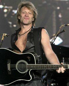 Jon Bon Jovi- Favorite group of all time! Jon Bon Jovi, New Jersey, Bon Jovi Always, Raining Men, Jesse James, Music Love, My Favorite Music, Famous Faces, Celebrity Weddings