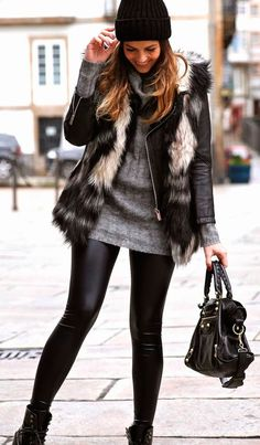 Look at our simplistic, confident & basically cool Casual Fall Outfit smart ideas. Get encouraged with these weekend-readycasual looks by pinning your favorite looks. casual fall outfits for teens Mode Outfits, Stylish Outfits, Fashion Outfits, Office Outfits, Fashion Clothes, Fashion Mode, Look Fashion, Womens Fashion, Fashion Trends