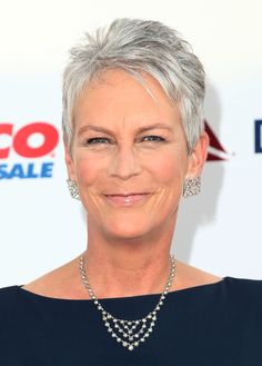Jamie Lee Curtis looked hip with her salt-and-pepper pixie at the CHLA gala.