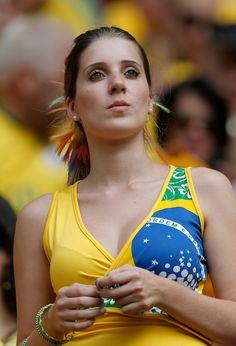 brazil world cup girls Hot Football Fans, Fifa Football, Football Girls, Soccer Fans, Fans Sports, Soccer Girls, Football Stadiums, Hot Fan, Beauty Full Girl