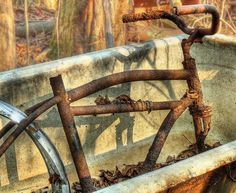 abandoned bike and bathtub by joiseyshowaa, via Flickr