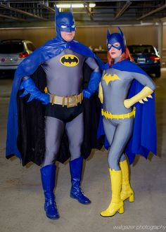 Batman and Batgirl (DC Comics) at East Coast Comic Con Photo by Tom DeRosa Cosplay Dc, Batgirl Cosplay, Superhero Cosplay, Cosplay Outfits, Best Cosplay, Cosplay Costumes, Comic Con Costumes, Awesome Cosplay, Anime Cosplay