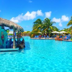 Margaritaville Caribbean in Grand Turk - Swim Up Bar
