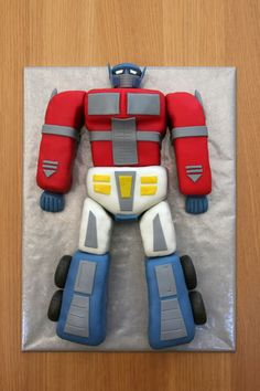 Explore Verónica Do Camiño's photos on Photobucket. Rescue Bots Cake, Rescue Bots Birthday, Mini Tortillas, Transformer Birthday, Transformer Cake, Robot Cake, Transformers Birthday Parties, Niklas, Transformers Optimus Prime