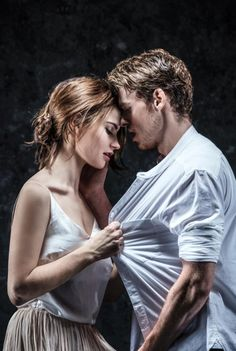 Romeo and Juliet first poster with Richard Madden and Lily James of Cinderella film. Garrick Theatre, London, from 12 May to 13 August 2016 Director K. Richard Madden, James Madden, Lily James, Love Couple, Couple Shoot, Couple Goals, Photo Couple, Dramione, Belle Photo