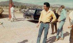Elvis on the set of his movie , Stay away, Joe  fall 1967.