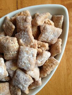 Caramel Apple Puppy Chow- (not the recipe on website) Apple Cinnamon Chex, butterscotch chips, caramel candies, powdered sugar, cinnamon Puppy Chow Recipes, Chex Mix Recipes, Fall Recipes, Snack Recipes, Dessert Recipes, Tailgating Recipes, Cereal Recipes, Baking Desserts, Candy Recipes