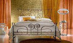 Élégantes chambres avec des lits en fer forgé ~ Décor de Maison / Décoration Chambre
