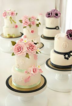 indian weddings, little cakes, mini wedding, tiered cakes, flower cakes, minis, small cakes, mini cakes, haute couture