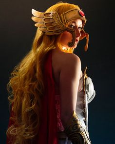 Cosplay Attack: She-Ra, Red Son-Wonder Woman, April O'Neil, Toph Bei Fong