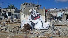Video: graffiti-artiest Banksy slaat toe in Gaza | NOS