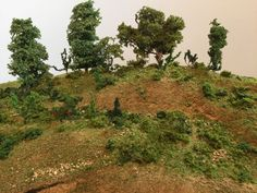 How to Make Realistic Scenery for Model Train Layouts & Dioramas #modeltrainlayouts #modeltraintablediy