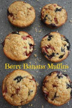 Berry Banana Jumbo Muffins ~ Jumbo sized muffins filled with blueberries, raspberries and banana! Banana Blueberry Muffins, Banana Berry, Raspberry Muffins, Blue Berry Muffins, Good Healthy Recipes, Sweet Recipes, Snack Recipes, Dessert Recipes, Cooking Recipes