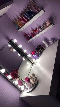 15 Cool Bedroom Vanity Design Ideas bedroom vanity, vanity in bedroom, bedroom ideas Room Ideas Bedroom, Bedroom Decor, Bed Room, Coastal Master Bedroom, Quirky Bedroom, Gold Bedroom, White Bedroom, Bedroom Organization Diy, Bedroom Storage