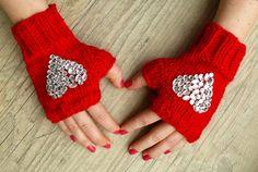 love these fingerless gloves #etsy