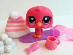 Littlest Pet Shop ULTRA RARE Pink Penguin #1430 w/Cute Hat & Accessories #Hasbro