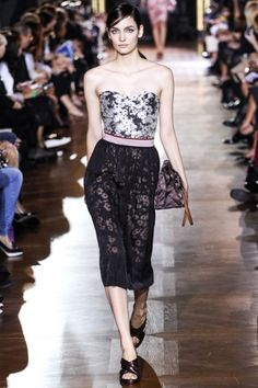 Sfilata Stella McCartney Paris - Collezioni Primavera Estate 2014 - Vogue