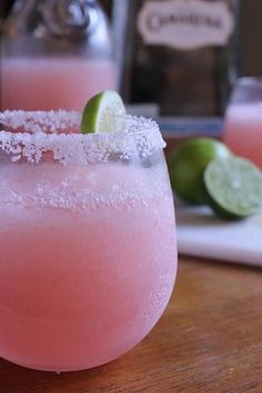 Revengerita (Revenge) | Get Drunk Every Day Of The Week With These Fall TV-Themed Cocktails