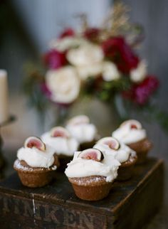 fig topped cupcakes #weddingdessert #figs #cupcakes