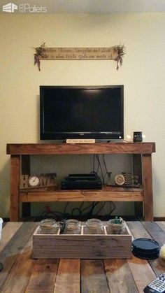 Great Pallet Television Stand Entertainment Center