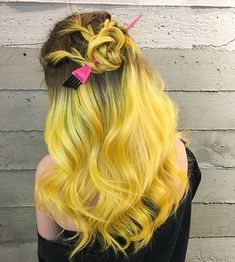 50 Happy Hair Color for Summer Ideas Yellow Hair Dye, Hair Dye Colors, Ombre Hair Color, Hair Colour, Brown Ombre Hair, Bright Hair, Mellow Yellow, Orange Yellow, Pretty Hairstyles