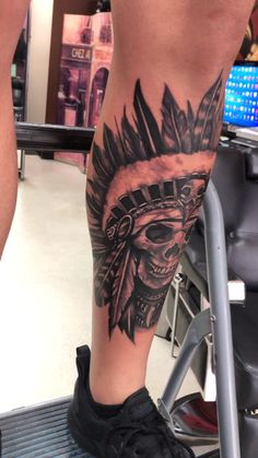 Skull with Indian Headdress. By: Lalo ink tattoo kchen Skull with Indian Headdress Tattoo Hand Tattoos, Forarm Tattoos, Irezumi Tattoos, Calf Tattoo, Best Sleeve Tattoos, Tattoo Sleeve Designs, Forearm Tattoo Men, Body Art Tattoos, Symbol Tattoos