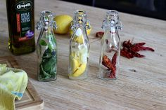 make your perfume oils Voss Bottle, Water Bottle, Tasty, Yummy Food, Perfume Oils, Food Videos, Barbecue, Cooking Tips, Recipies