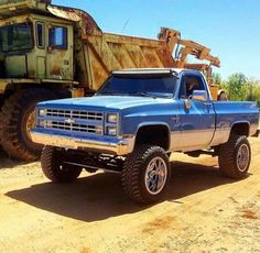 I fully adore the things that these folks designed on this customized Jacked Up Chevy, Silverado Truck, Chevy 4x4, Chevy Pickup Trucks, Lifted Chevy Trucks, Classic Chevy Trucks, Gm Trucks, Chevy Pickups, Chevrolet Trucks