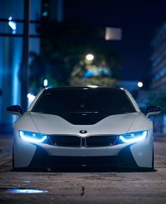 BMW i8 - Love the look of those headlights
