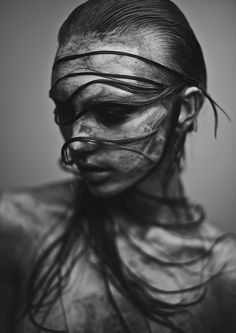 Black and White Photography People: Get Professional Looking Pictures With These Tips – Black and White Photography Black And White Portraits, Black And White Photography, Portrait Photography, Fashion Photography, People Photography, Dark Beauty, Woman Face, Belle Photo, Dark Art