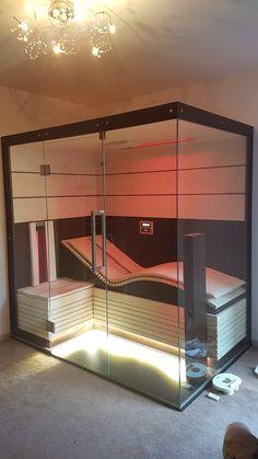 Infrarotkabine mit ergonomischer Liege by Enermed Austria Infrared cabin with ergonomic couch by Ene Saunas, Sauna Steam Room, Sauna Room, Jacuzzi, Infrarot Sauna, Sauna Design, Design Design, Interior Design, Natural Swimming Pools