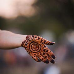 Palm Mehndi Design, Mehndi Designs Front Hand, Rose Mehndi Designs, Latest Bridal Mehndi Designs, Full Hand Mehndi Designs, Mehndi Designs 2018, Henna Art Designs, Mehndi Design Pictures, Modern Mehndi Designs