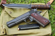 Tails of the Commander: Honey, do these grips make my Butt look big? - 1911Forum